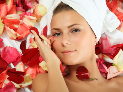 11 Best Natural Beauty Tips For Face - Homemade