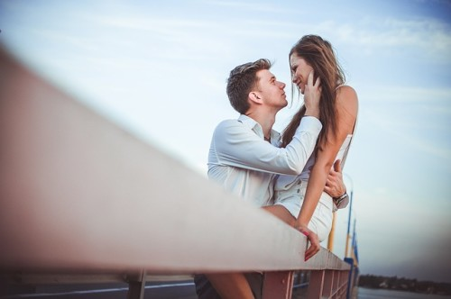 8 Ways Of How To Make A Girl Like You Romantically