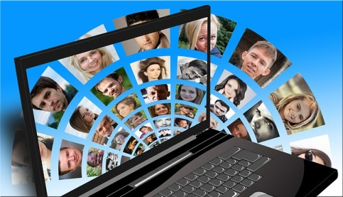 Advantages and disadvantages of social networking essay