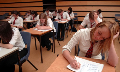 Advantages and Disadvantages of Exams for School Students